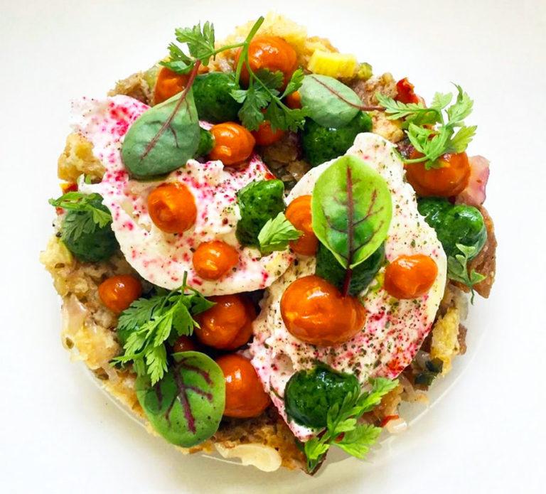 Cialledda pugliese con burrata di Masseria, pomodoro arrosto e basilico