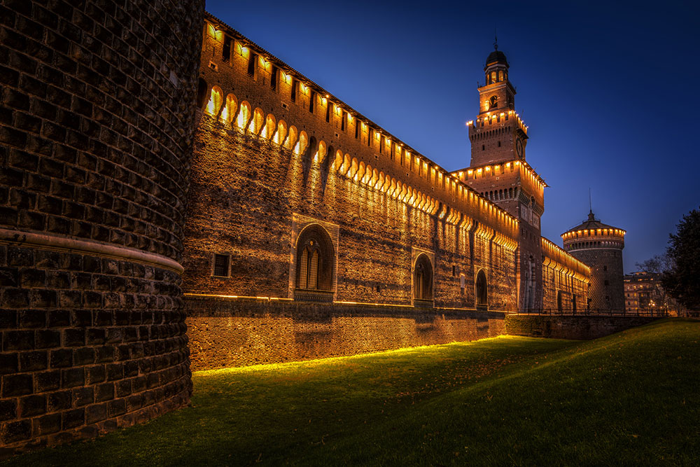 MILANO-Fotolia_castello
