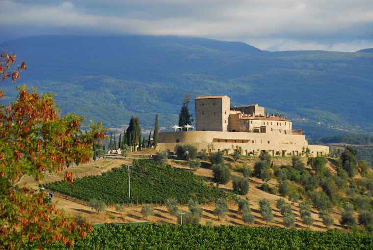 Castello di Velona, Val d'Orcia
