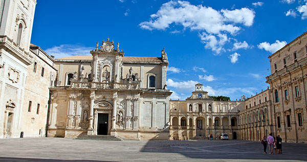 WEB-Lecce-Piazza-Duomo-Foto-Shjmyra