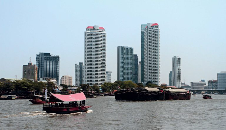 Benvenuti a Bangkok, anno 2559.