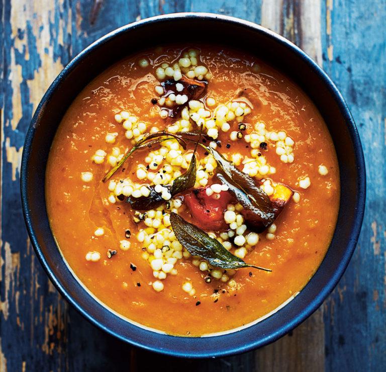 Zuppa di zucca arrosto, salvia e maftoul