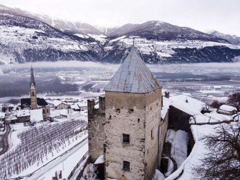 Il caffè è una storia meravigliosa da raccontare ed in Trentino Alto Adige si accende di magia